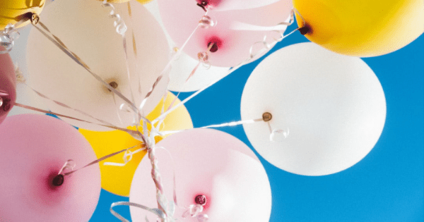 Here's Your Guide to Decorating with Balloons
